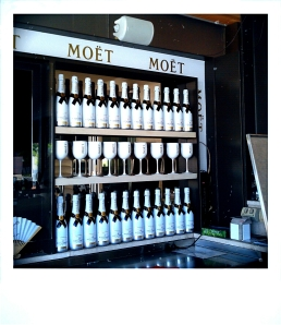 ....note to self: when faced with a bar full of Moet, do not drink yourself into oblivion, tempting as it may be.....